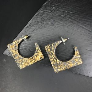 "CLOSET REHAB Jewelry - 🆑 ""C"" Square Resin Studs Gold Flake"